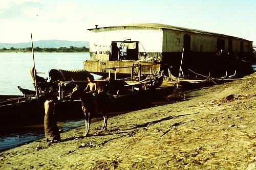 mandalay-irrawaddy