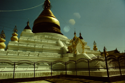 mandalay-pagoda