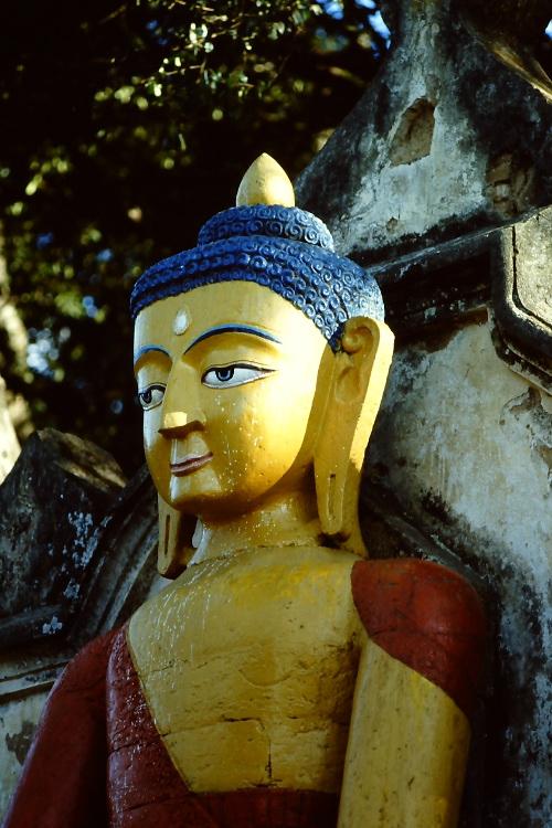 colorful-buddha-statue