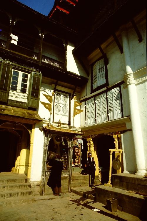 inside-old-kings-palace