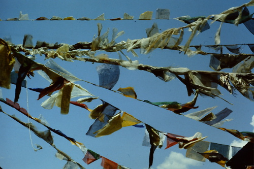 prayer-flags-wind