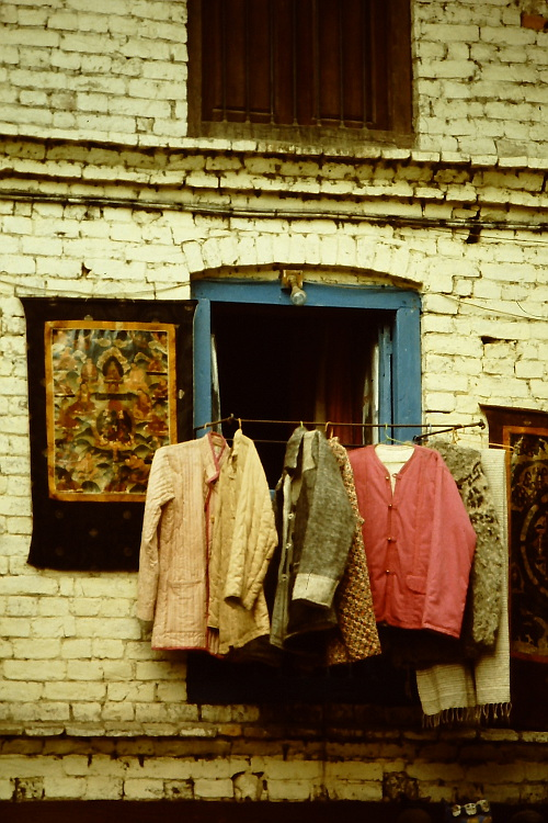 tourist-shop-thamel