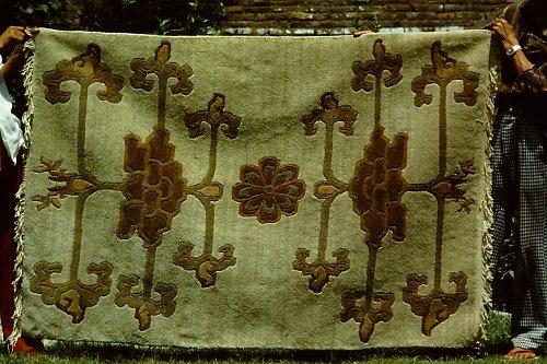more-tibetan-vegetable-rugs-21