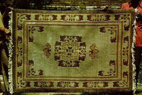 more-tibetan-vegetable-rugs-22