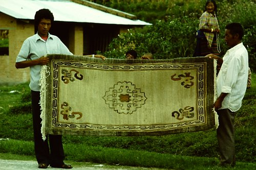 more-tibetan-vegetable-rugs-25