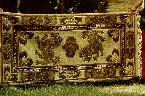 more-tibetan-vegetable-rugs-3