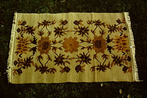 more-tibetan-vegetable-rugs-30