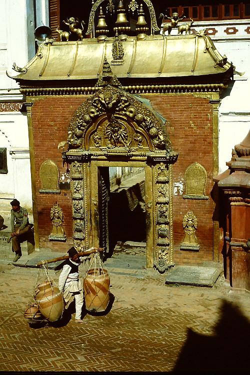 golden-gate-bhaktapur