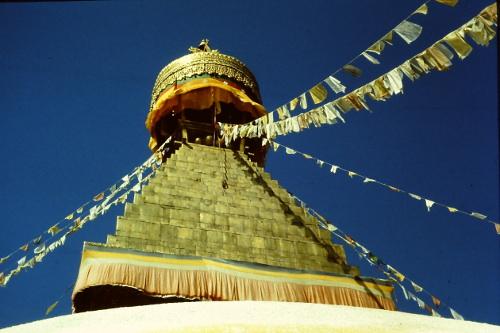 bodnath-stupa-sunny-day