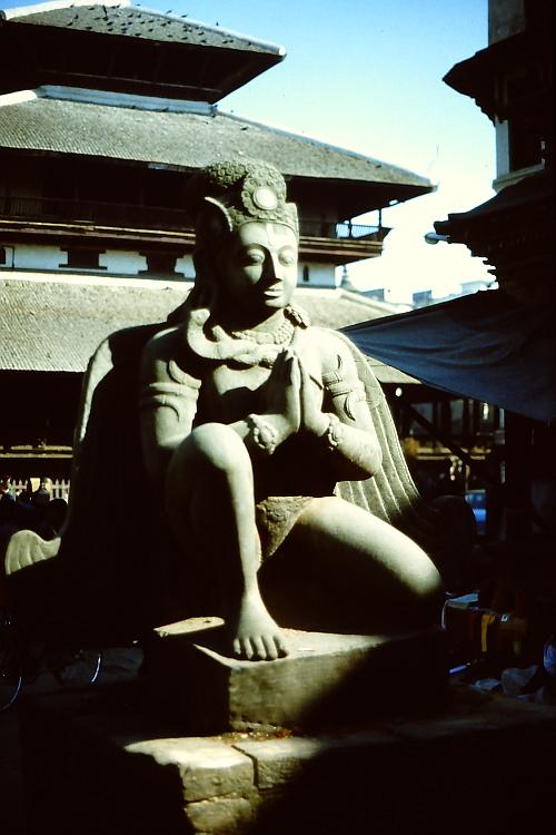 statue-patan
