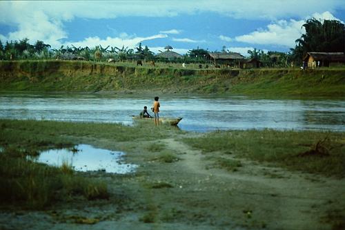 chitwan-river-scene