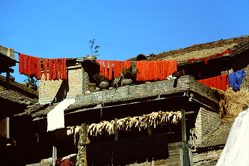 drying-wool-nepal