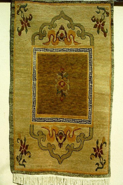 tibetan-rugs-vegetable-dyes-10