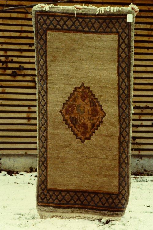 tibetan-rugs-vegetable-dyes-12