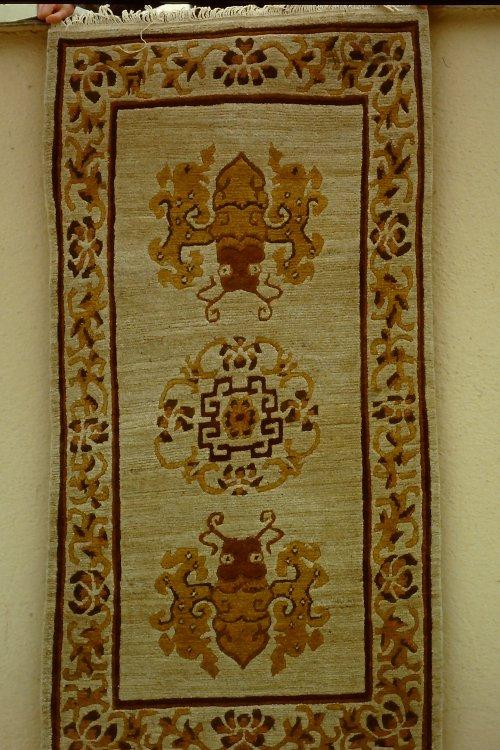 tibetan-rugs-vegetable-dyes-3