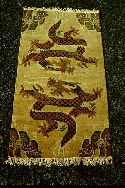 tibetan-rugs-vegetable-dyes-4