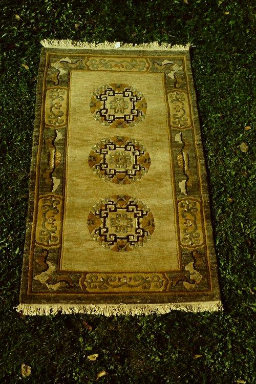 tibetan-rugs-vegetable-dyes-5
