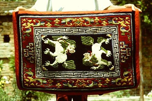 tibetan-saddle-rugs-9